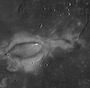 Magnetised Lunar Swirls