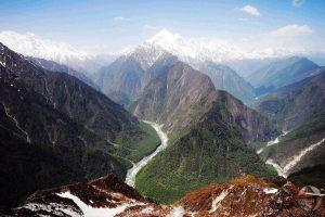 tsangpo gorge canyon himalaya tibet