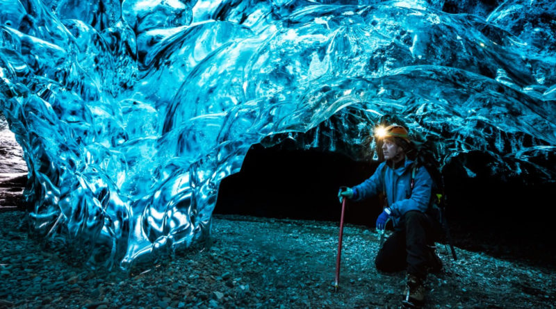 blue light ice caves electromagnetism