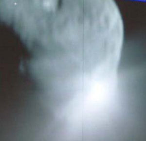 Deep Impact craters asteroids
