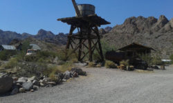 abandoned gold mining towns near Route 66