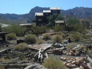 abandoned gold mines along Route 66