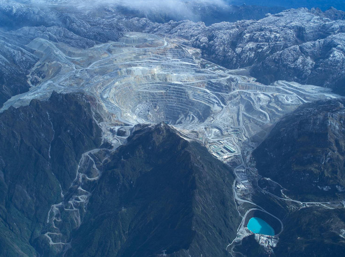 gold mines surface