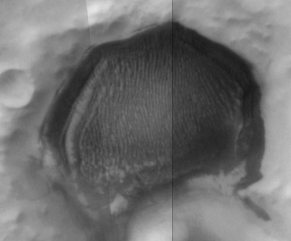 hexagonal craters magnetic fields