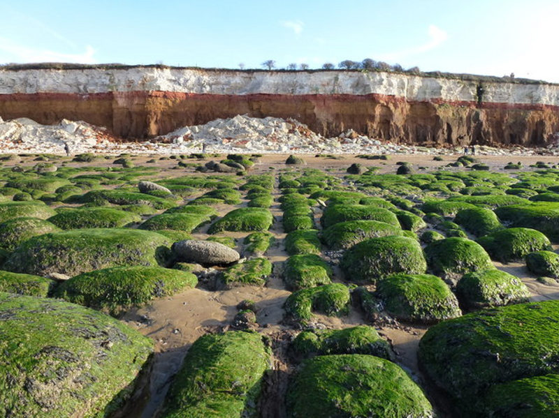 Hunstanton cliffs norfolk geology strata boulders lines