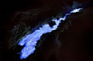 kawah ijen volcano indonesia blue lava flames rivers