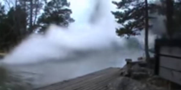 lightning strike discharge river video