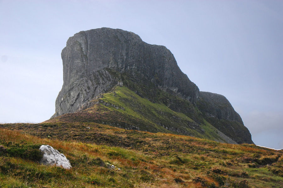 pitchstone inselberg sgurr geology